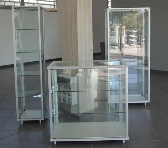 Vetrine plexiglass vetrine con ruote for Negozi mobili online